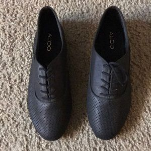 Shoes - Aldo oxfords